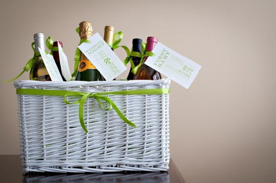 3 Memorable Wedding Gift Ideas Travelground Blog