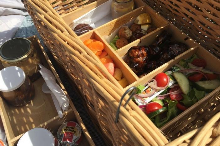 Hire Picnic Baskets Cape Town : Romantic picnic spots in the western cape