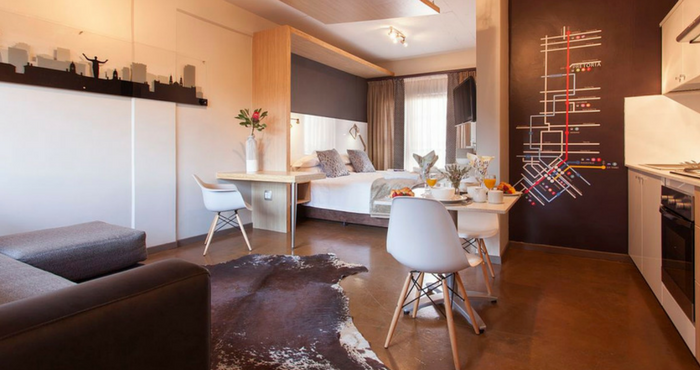 This open-plan apartment is spacious and homely | Photo: TravelGround