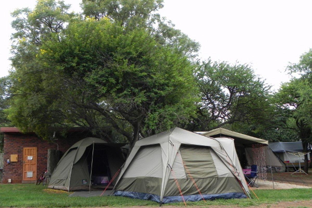 Kom kamp onder die doringbome by Sondela | Foto: LekkeSlaap.