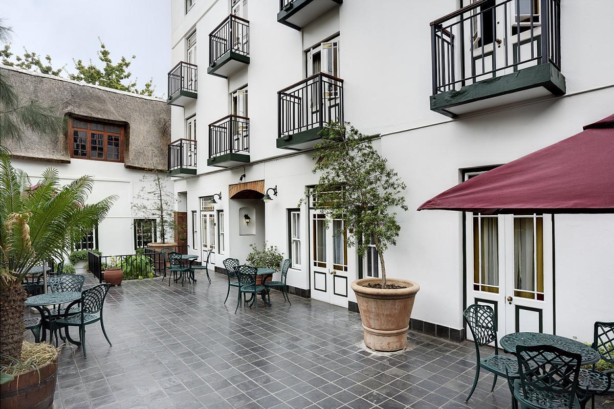 Dié hotel is 'n baken in die Eikestad | Foto: LekkeSlaap.