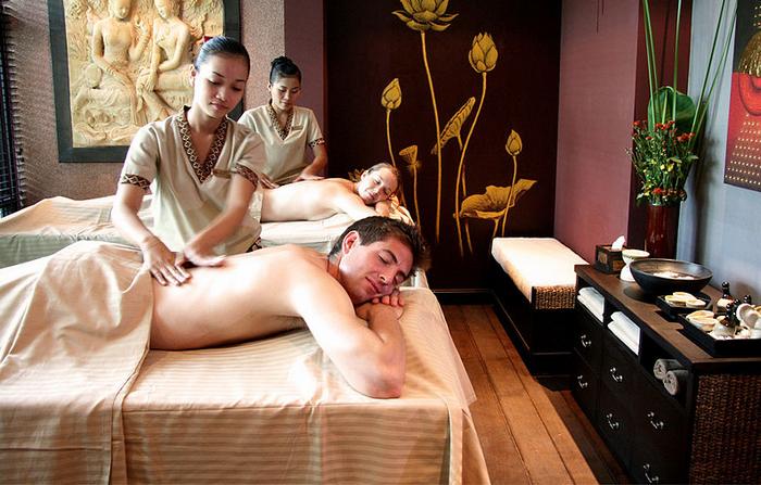 Aroma massagesupplied by Wikimedia Commons